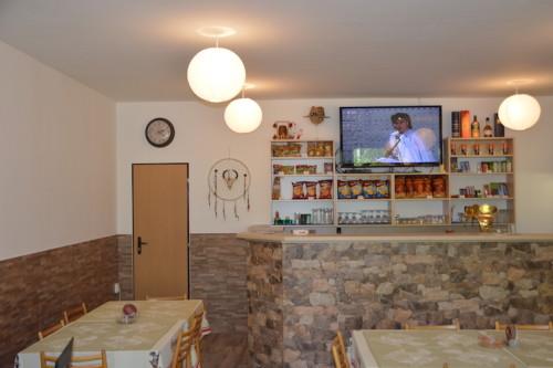 Bar s jídelnou