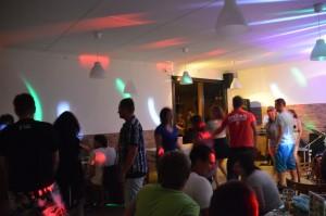 zabava-tanecnici